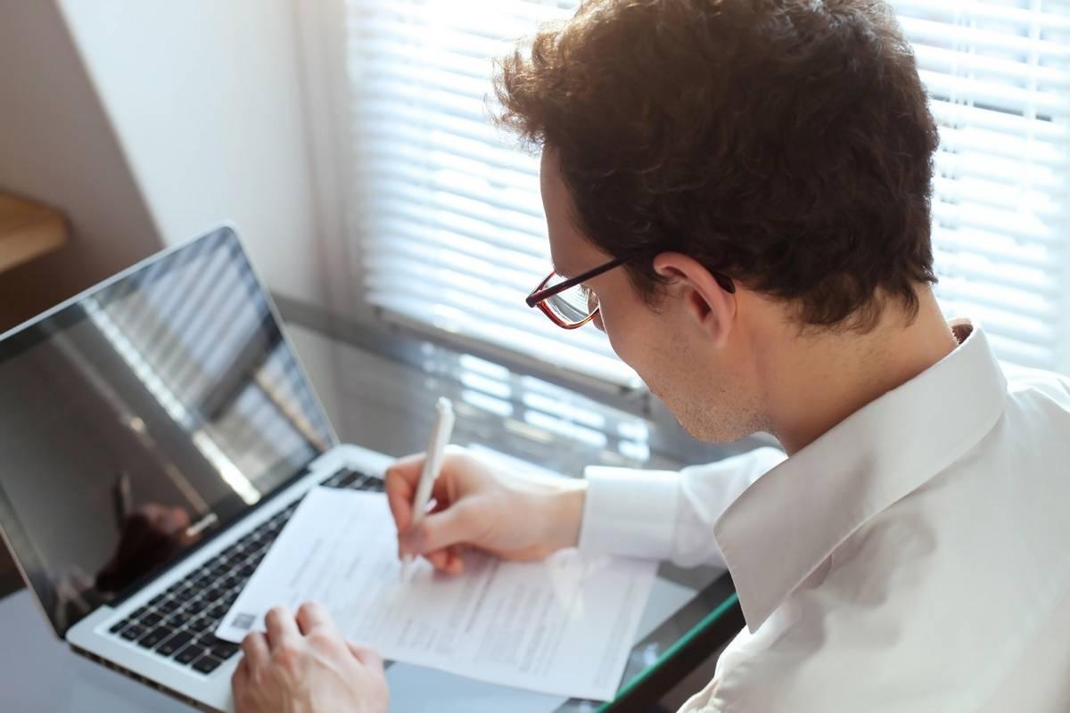 job contract, UAE job, employment, UAE law, legal view