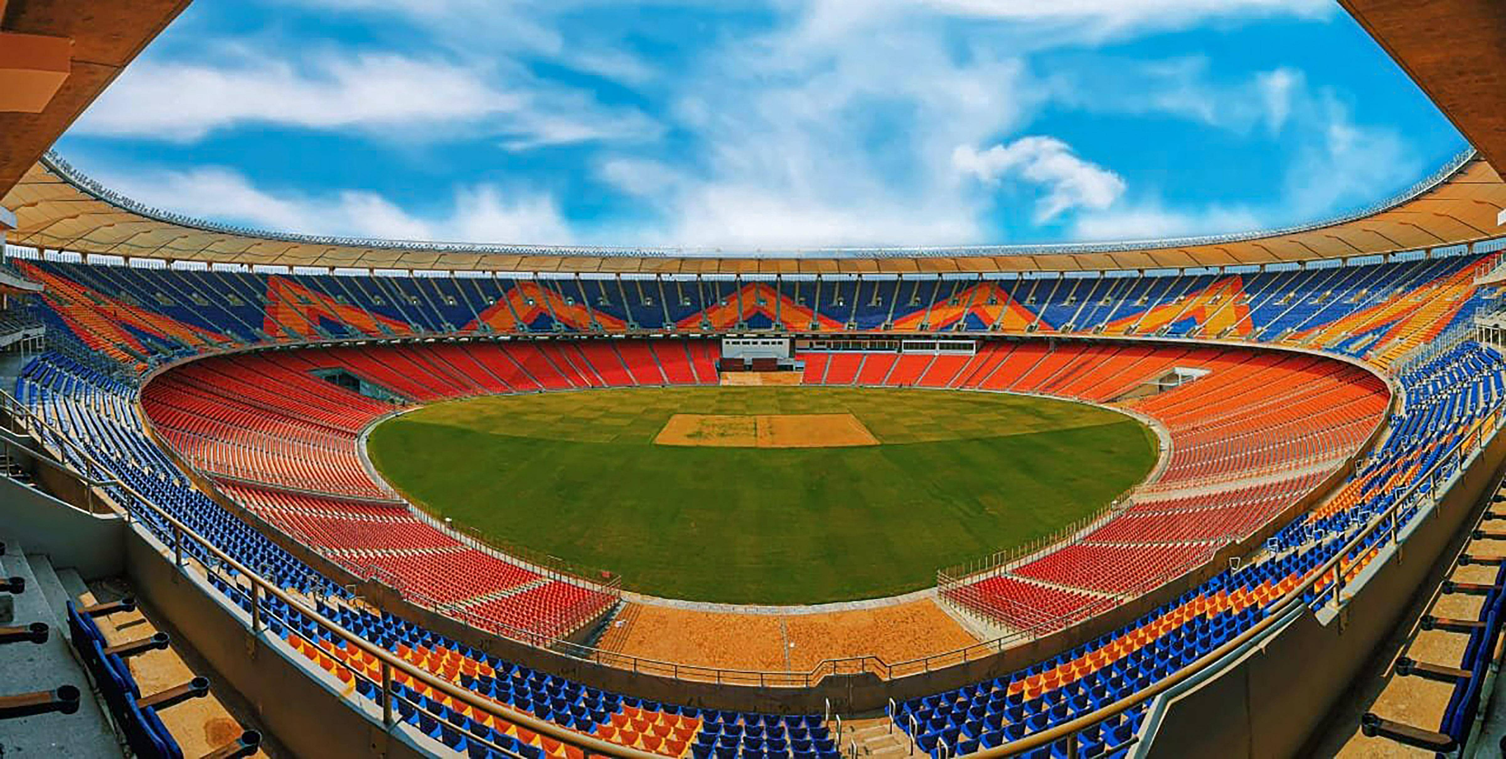 India venture into unknown, England seek answers for 'pink ball turner' at world's largest stadium