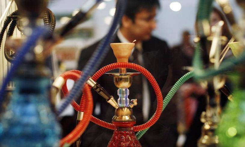 Covid: 2 crowded shisha cafes in Burj Khalifa area shut down