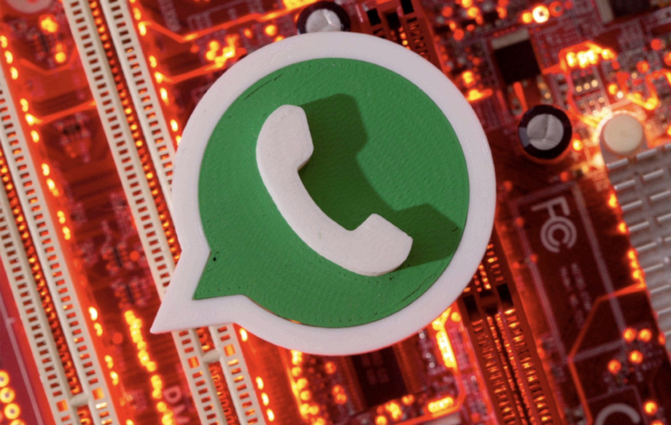 Now, you can make a WhatsApp call on desktop