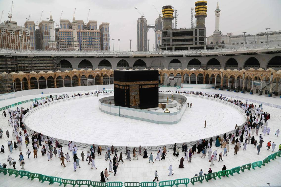 Ramadan: Taraweeh prayers shortened at Two Holy Mosques