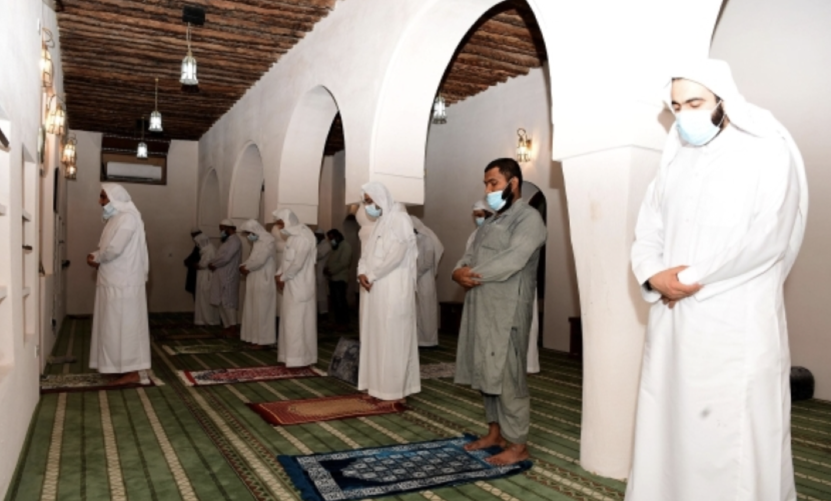 Look: 300-year-old mosque reopens in Saudi Arabia