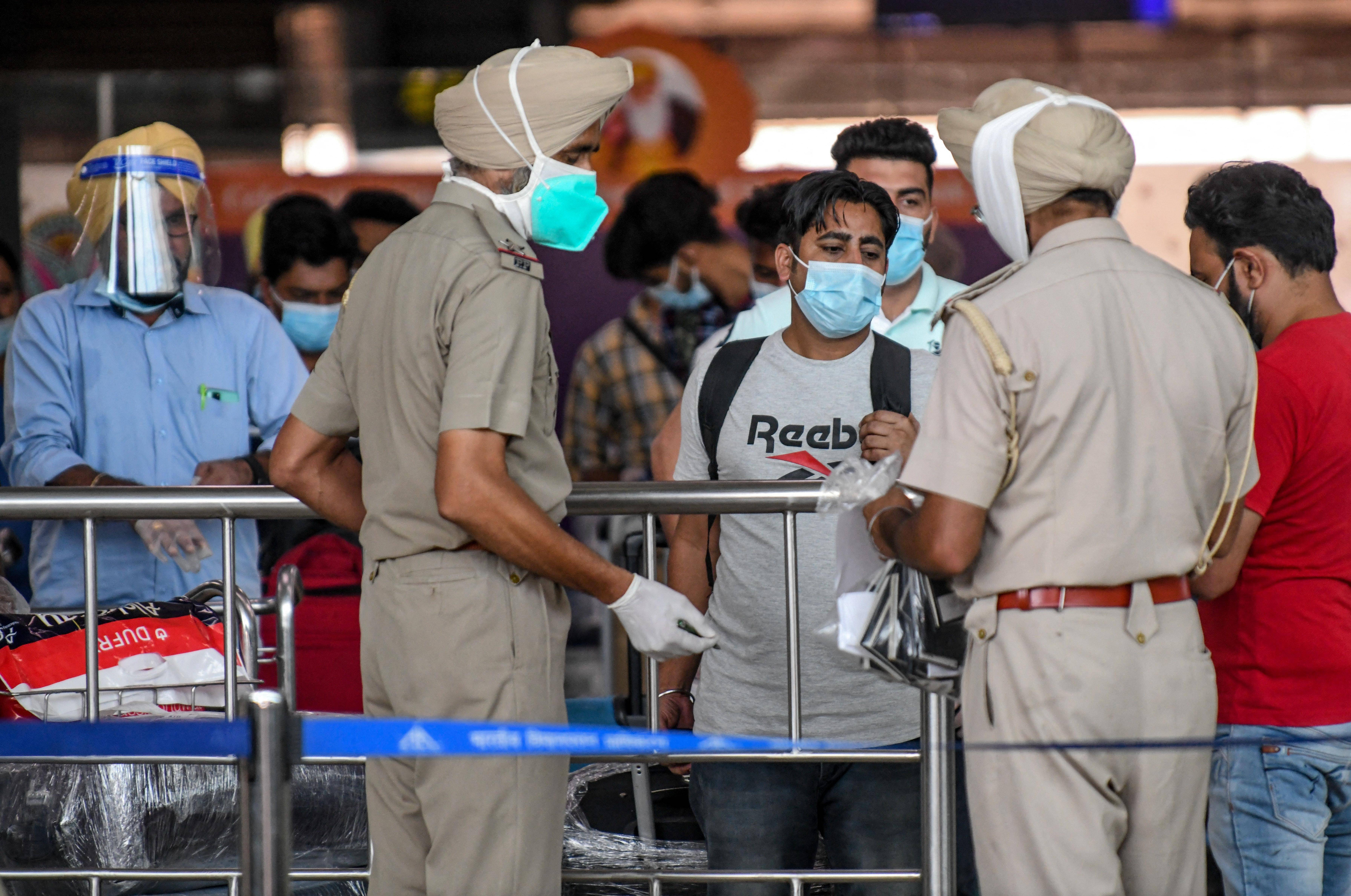 Covid-19: Indian expats rushing back to UAE as flight suspension date nears