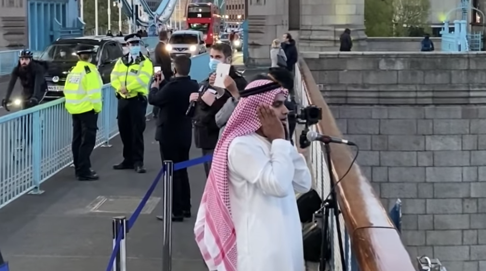 Watch: British-Muslim man performs adhan on London's Tower Bridge