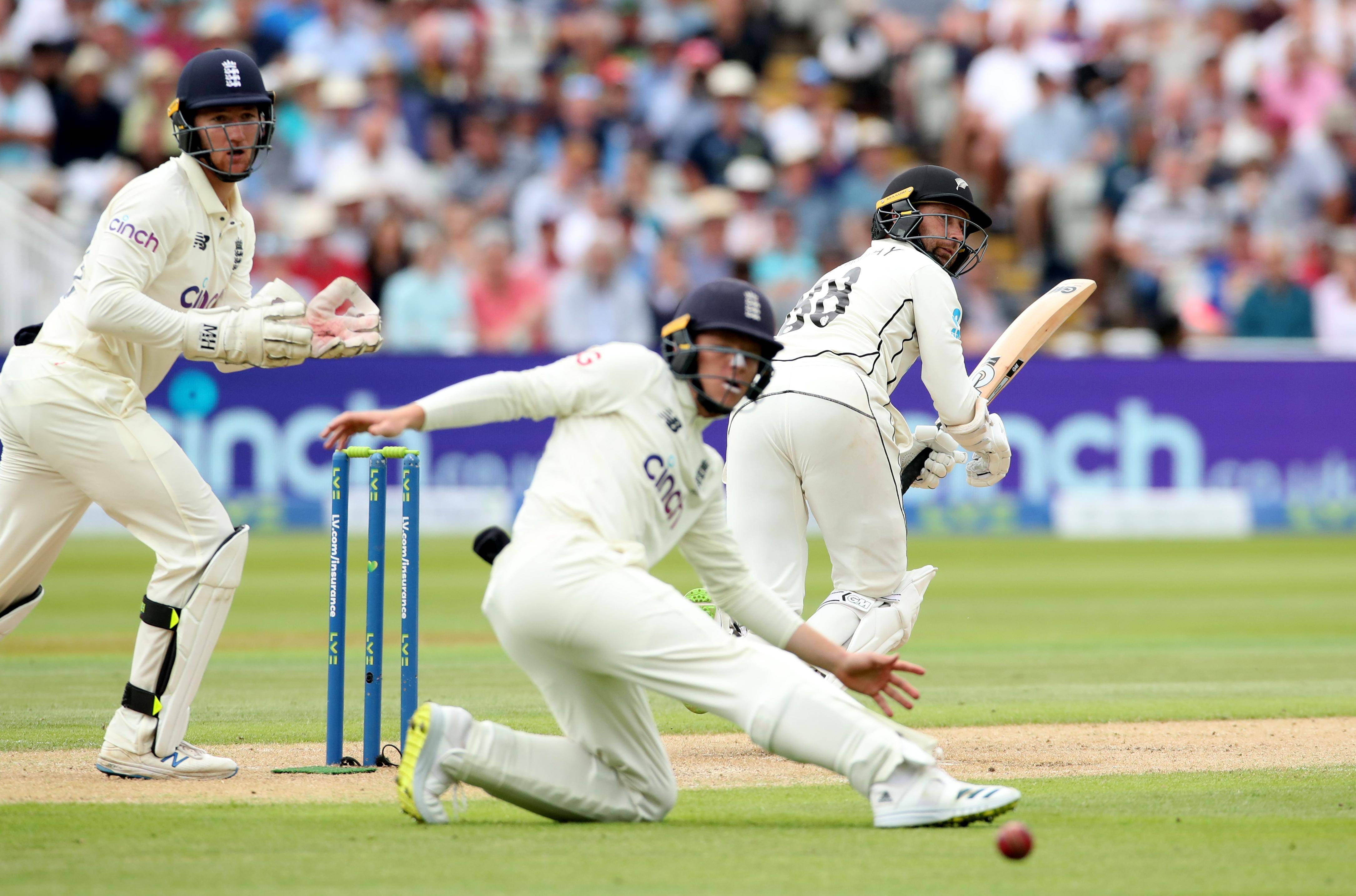 New Zealand's Conway keeps England at bay again