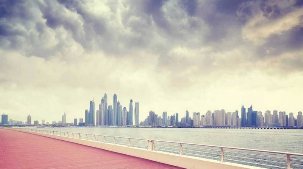 UAE weather: Temperature to dip, cloudy weekend ahead