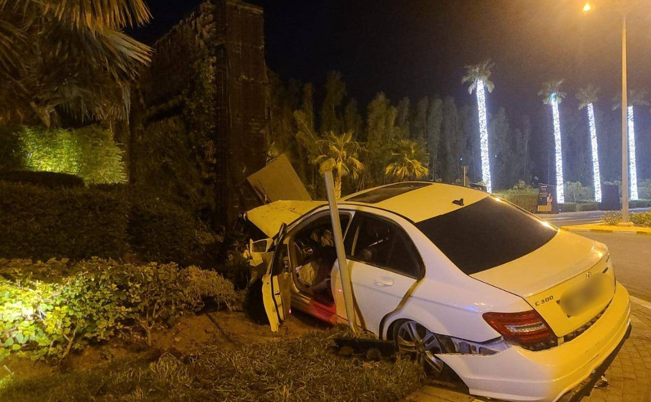Dubai: 1 killed, 7 injured in accident caused after tyre burst