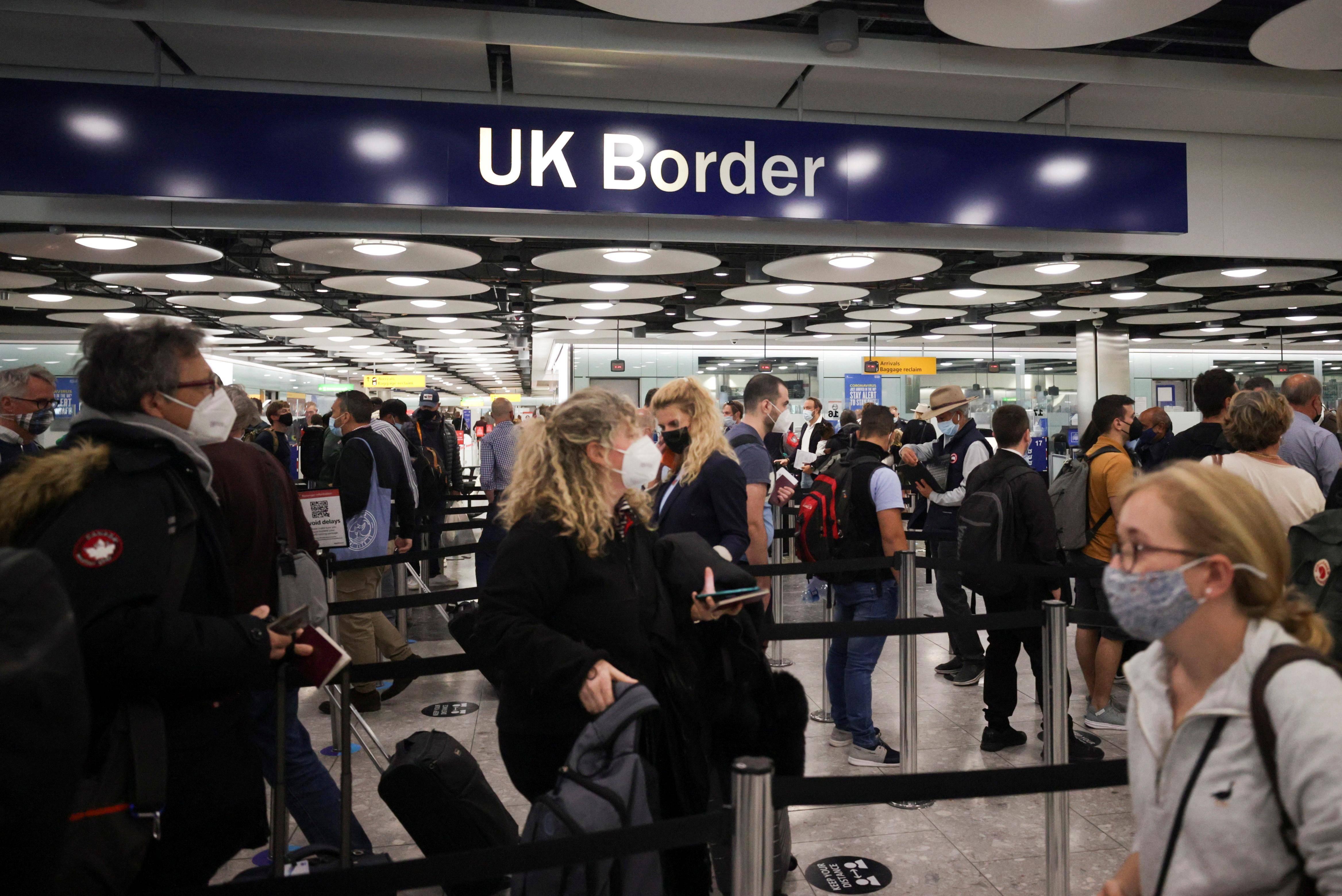 Covid-19: UK says it will simplify international travel rules