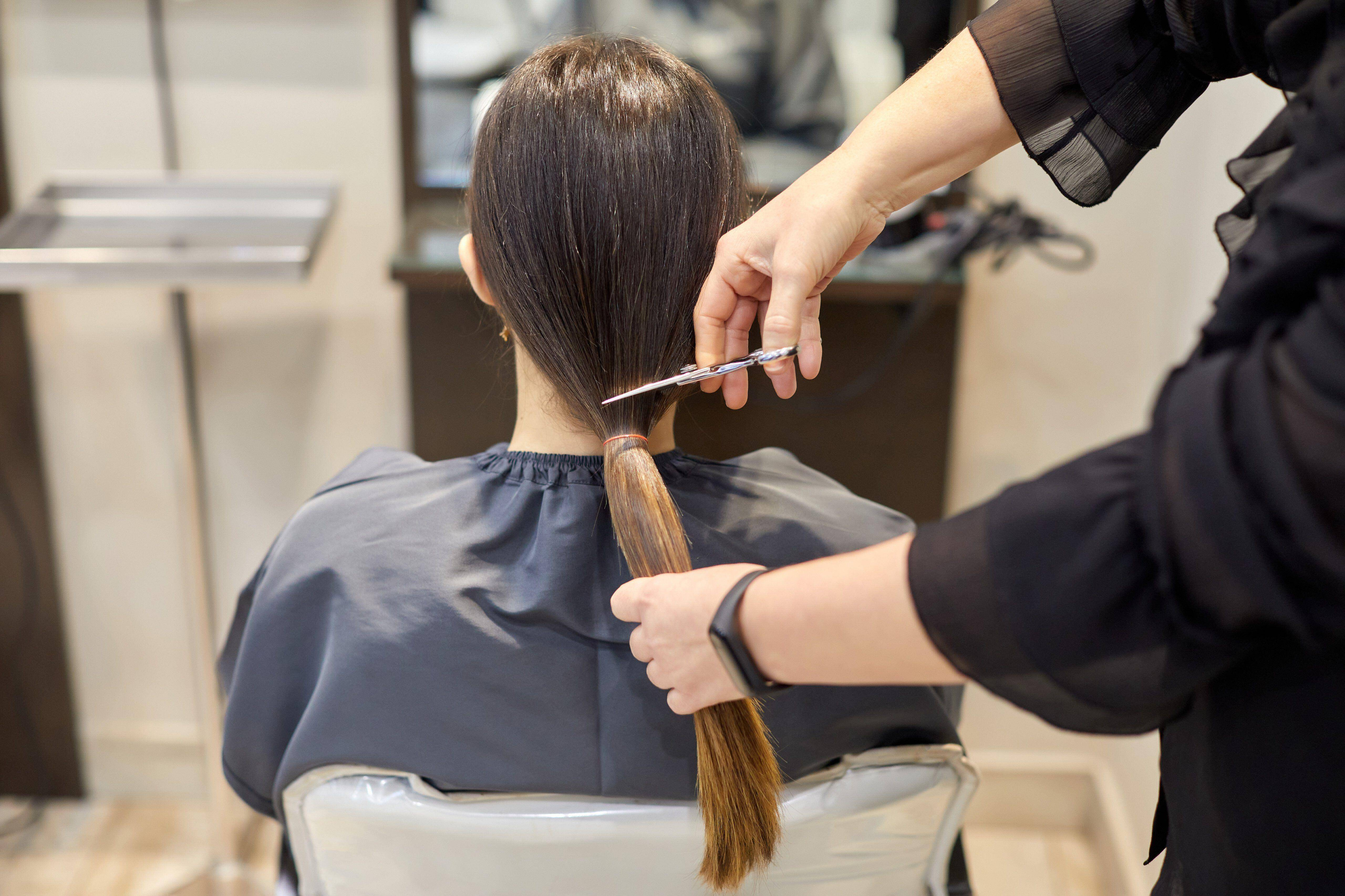 India salon told to pay nearly $271,000 for botched haircut