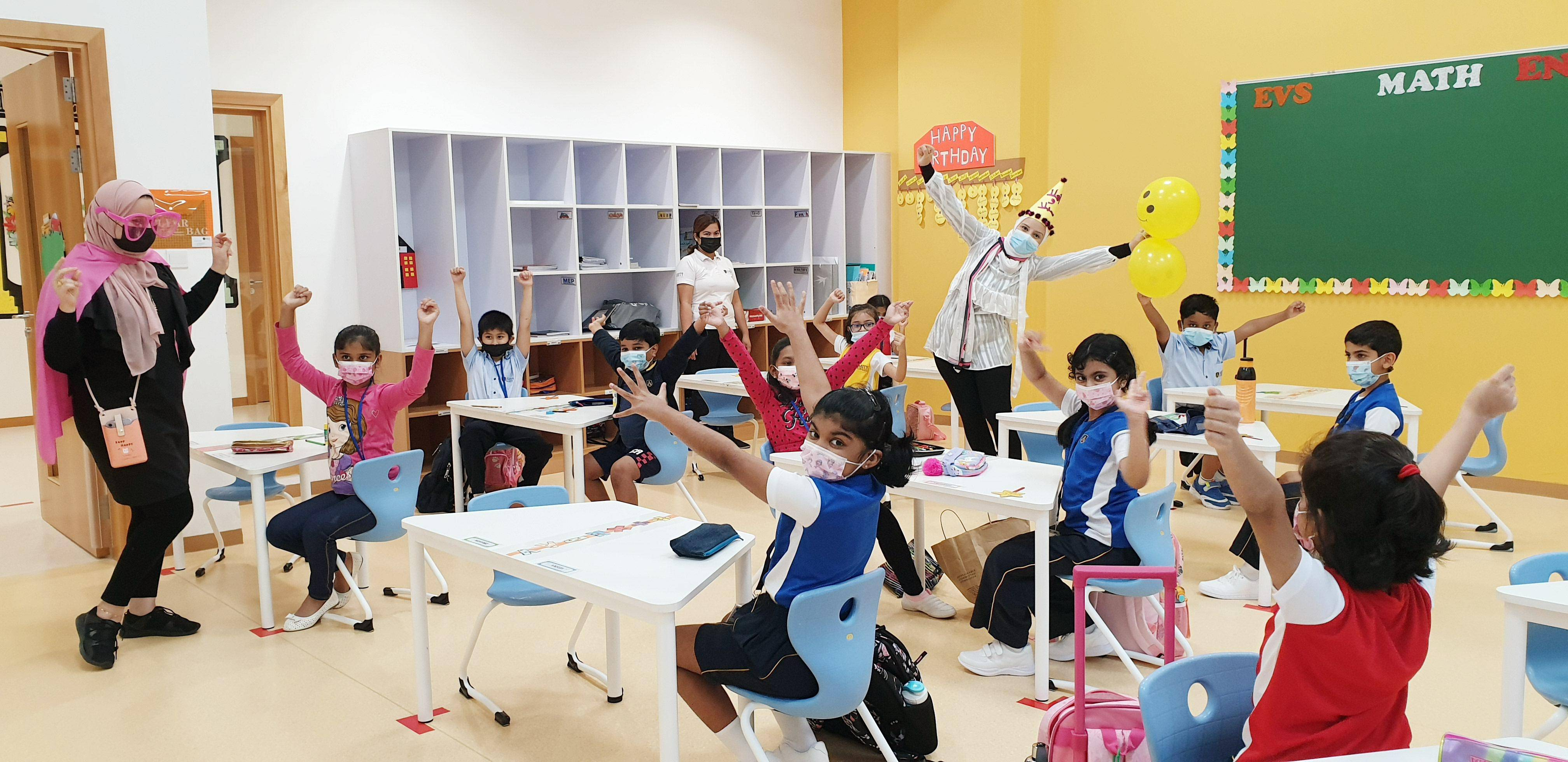 Dubai: Happy faces, some traffic as schools return to full in-person learning - News | Khaleej Times
